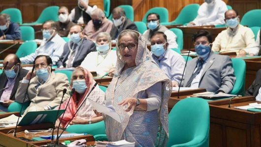 Can't put lives of students in danger, PM Hasina says about school, college closure